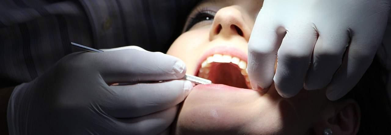 מרפאת שיניים פרוטתיקה