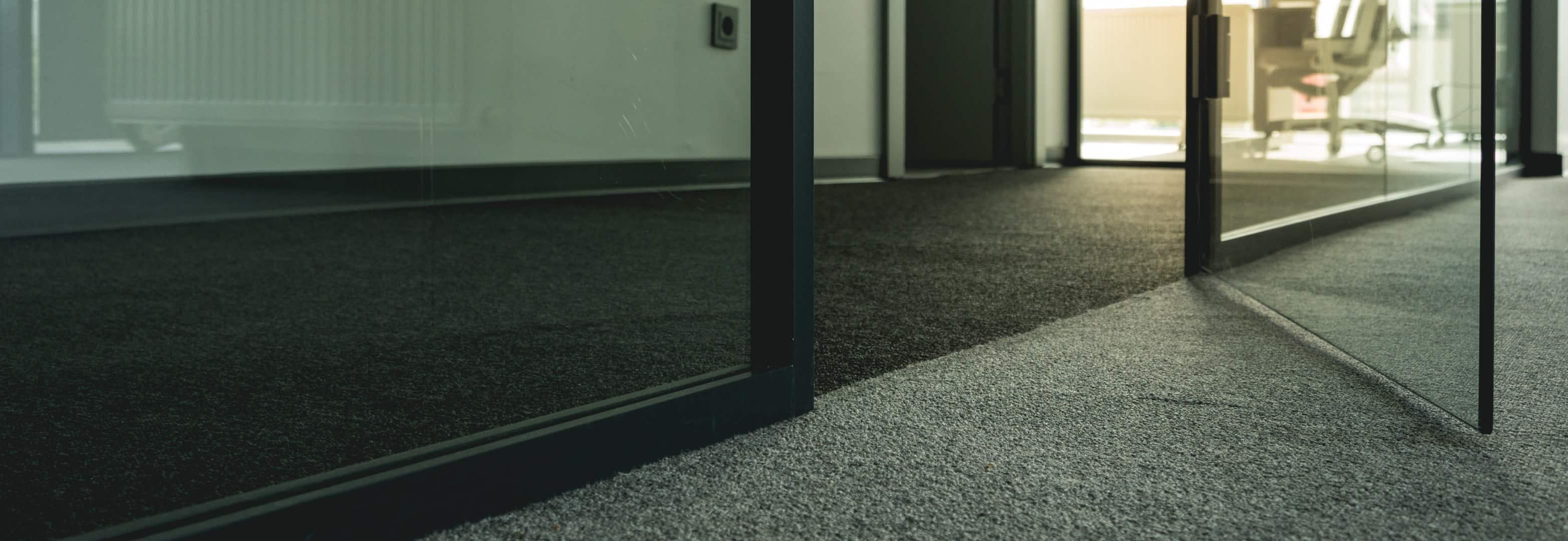 שטיחים מקיר לקיר